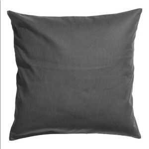 H&M Cotton cushion cover / throw pillow covers